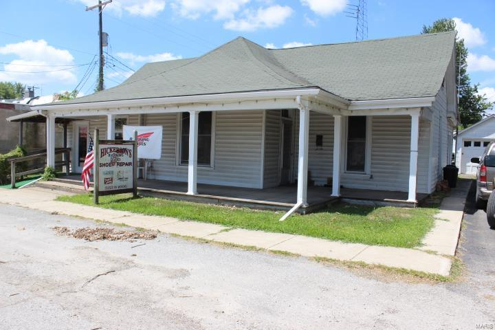 116 N Court Property Photo - Bowling Green, MO real estate listing