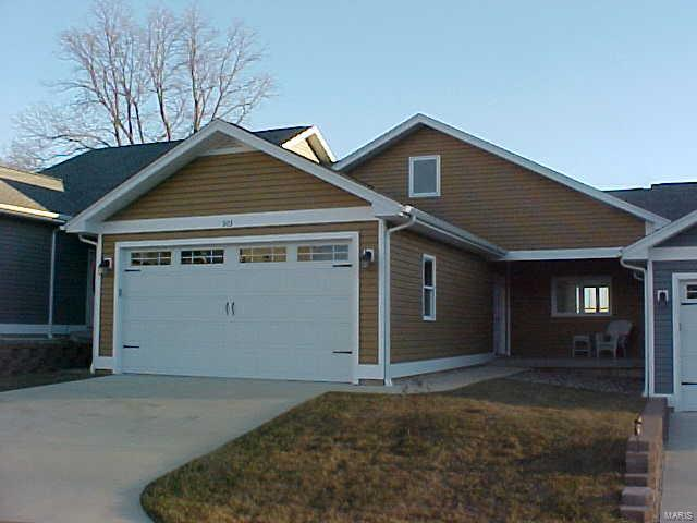 303 Mooring Place #27 Property Photo - Grafton, IL real estate listing