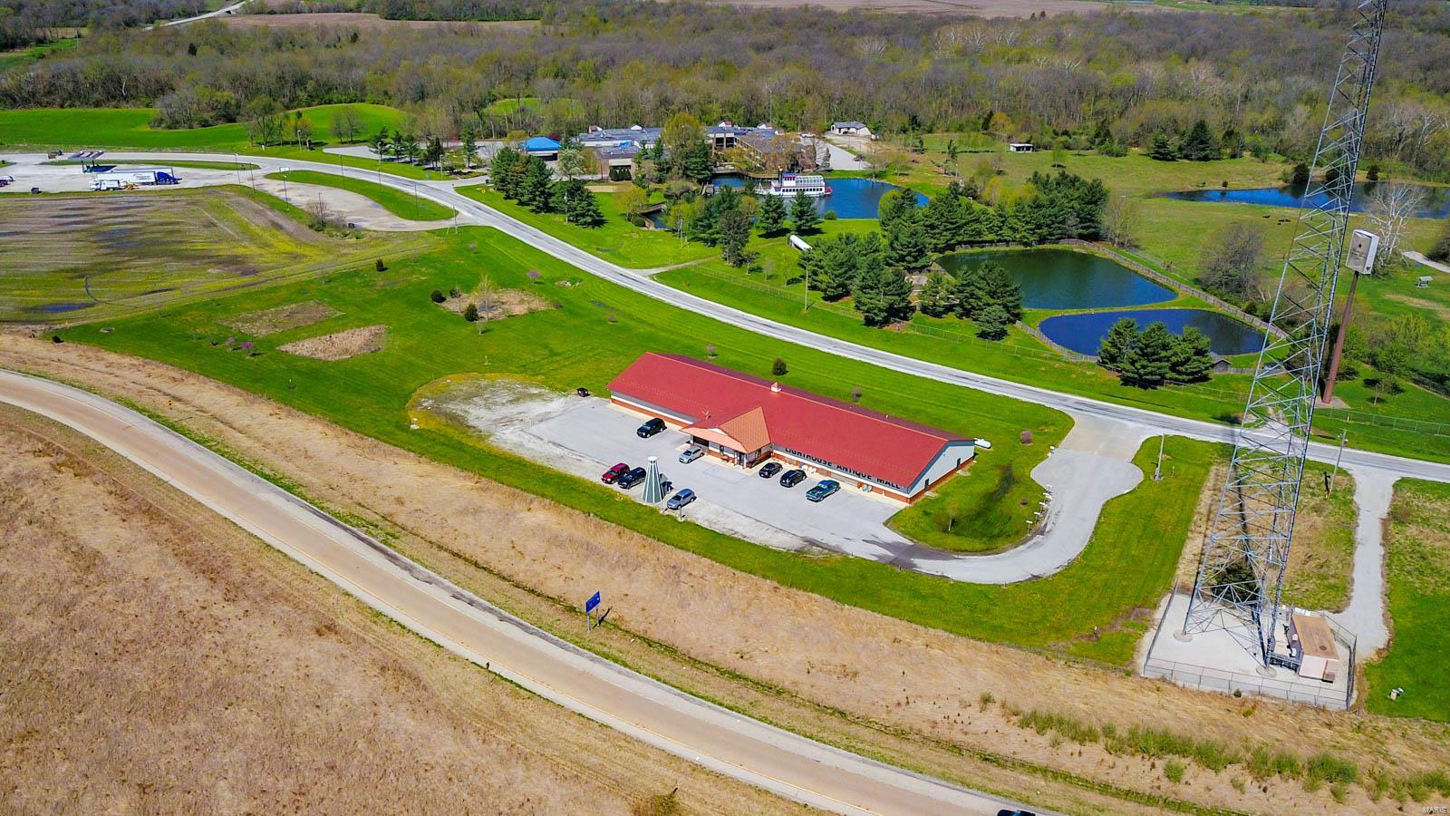 19130 W Frontage Road Property Photo - Raymond, IL real estate listing