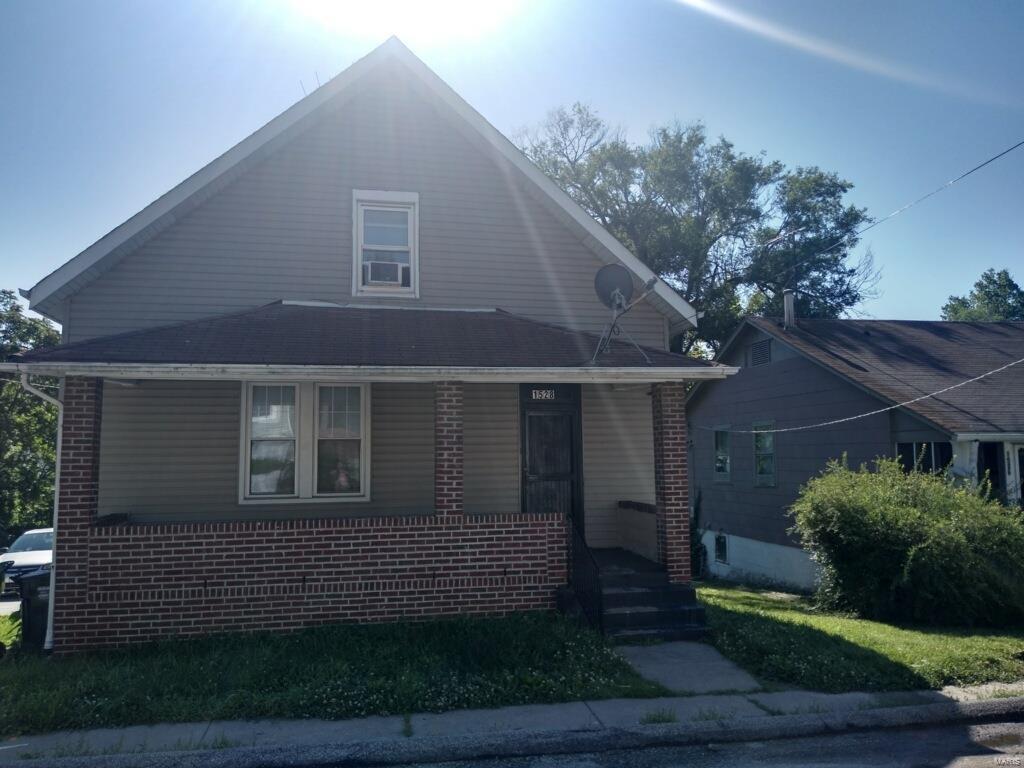 1528 Engelholm Avenue Property Photo - St Louis, MO real estate listing