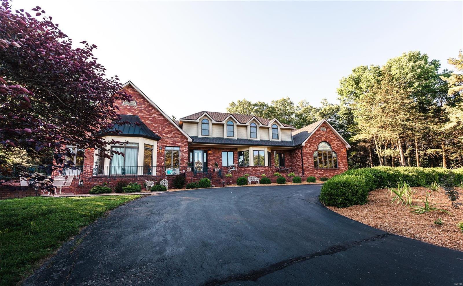 65101 Real Estate Listings Main Image