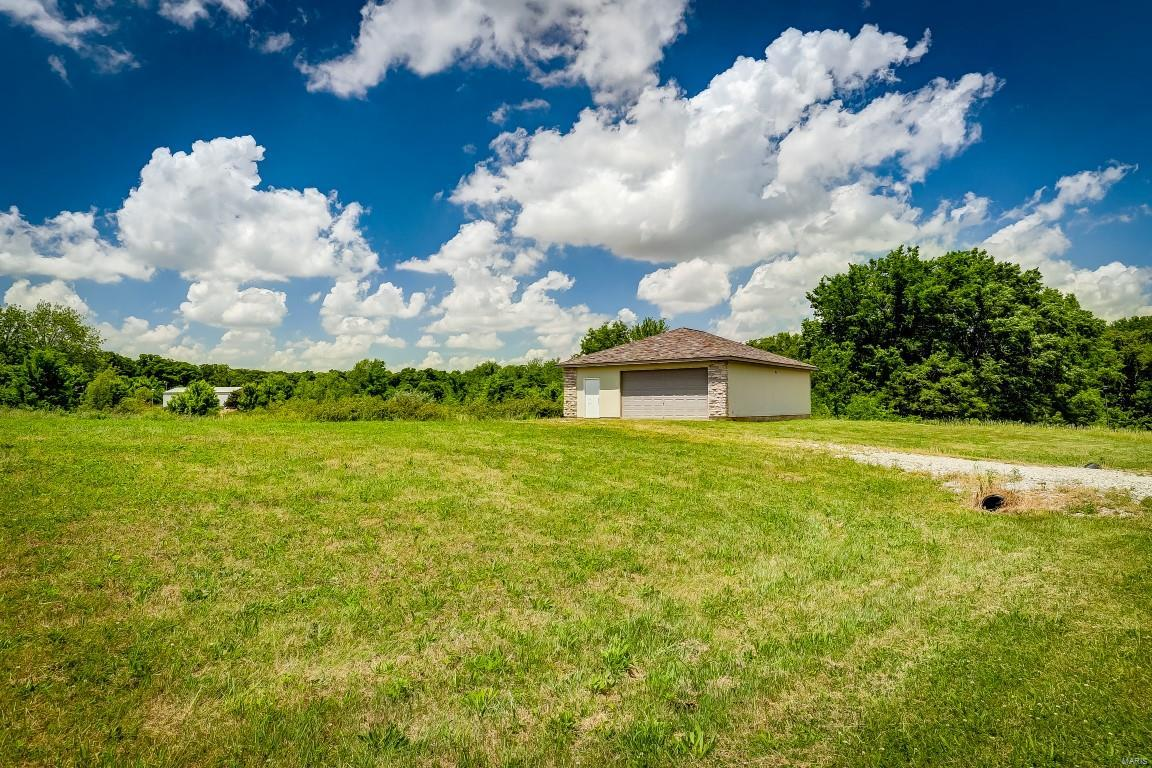 4061 LL Road Property Photo - Fults, IL real estate listing