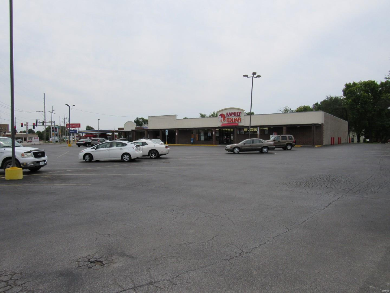 12 E Edwardsville Road Property Photo - Wood River, IL real estate listing