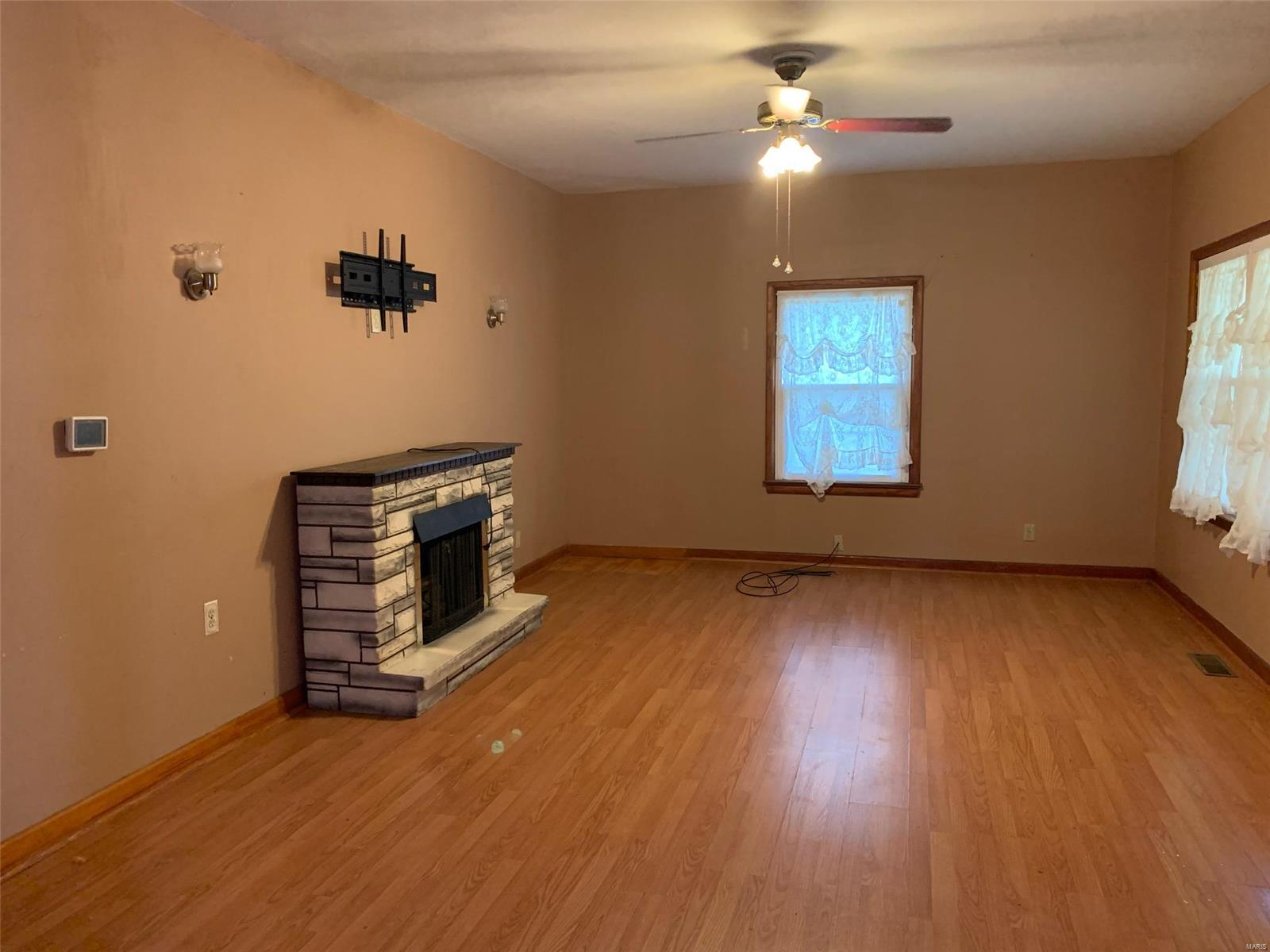 419 Gray Avenue Property Photo