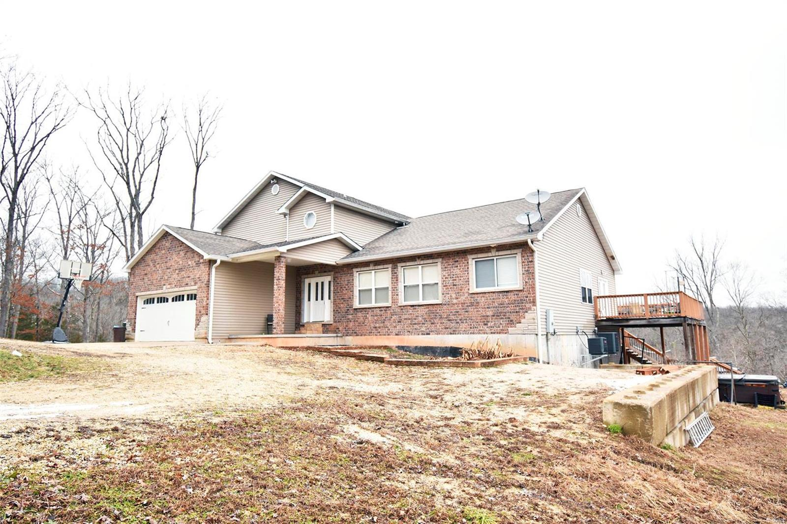 9301 Lakeview Drive Property Photo - Dittmer, MO real estate listing