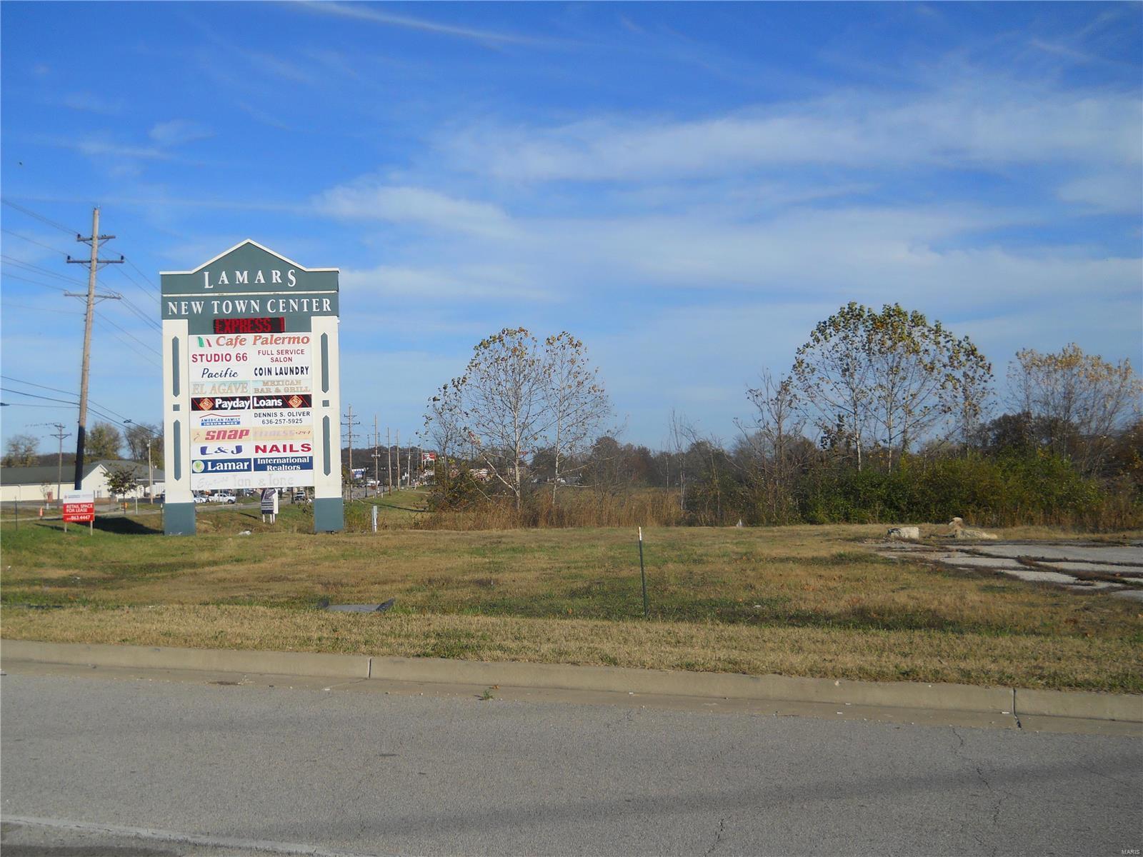 260 Lamar Parkway Property Photo