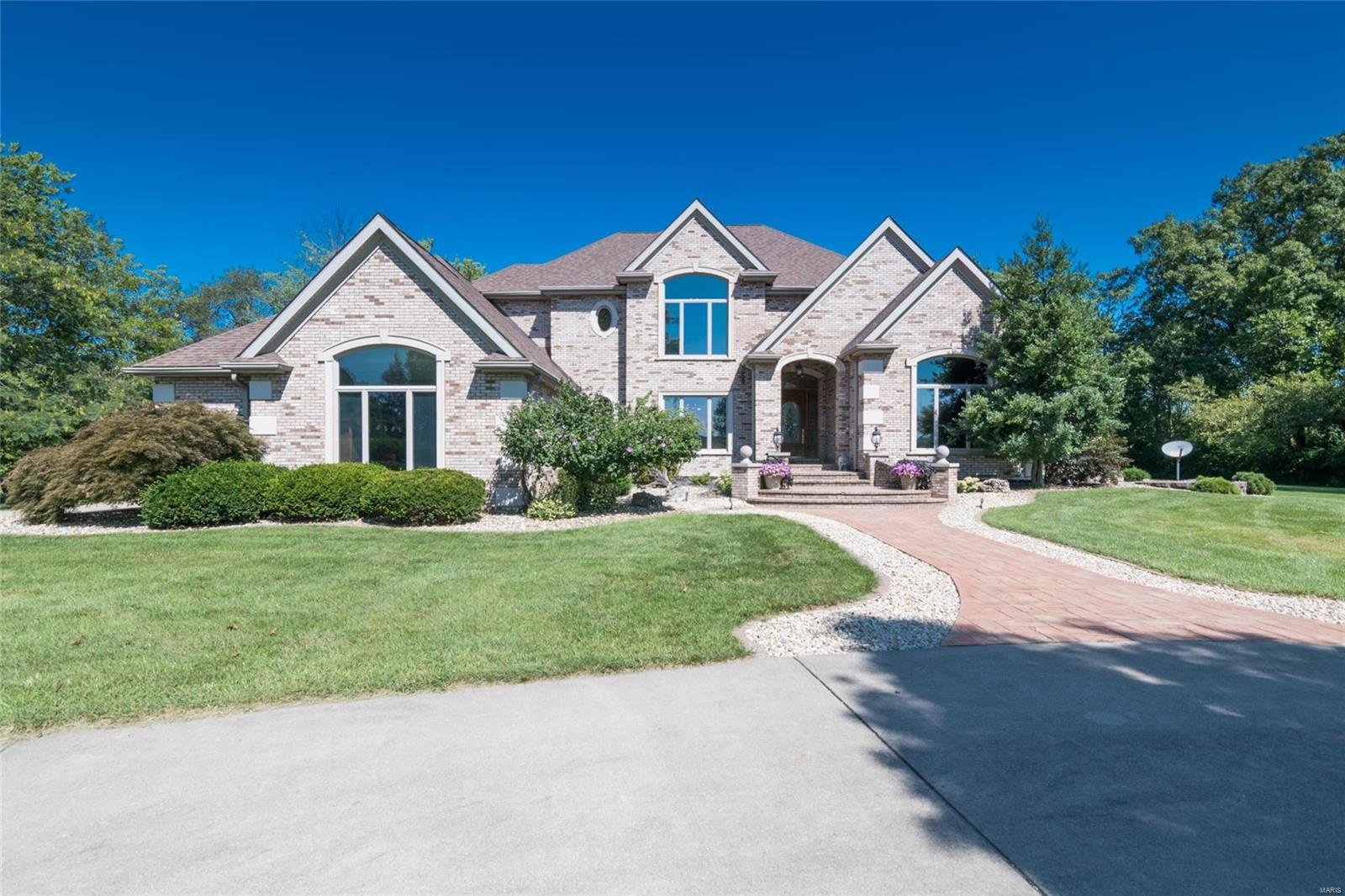 614 Lower Marine Road Property Photo - Troy, IL real estate listing