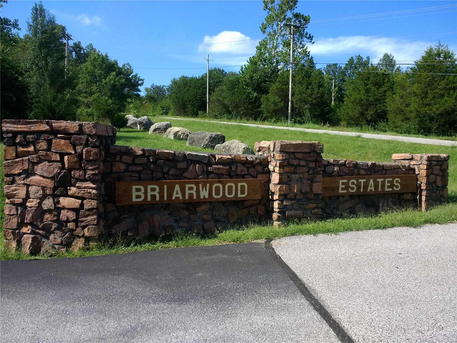 Briarwood Estates 10 Real Estate Listings Main Image