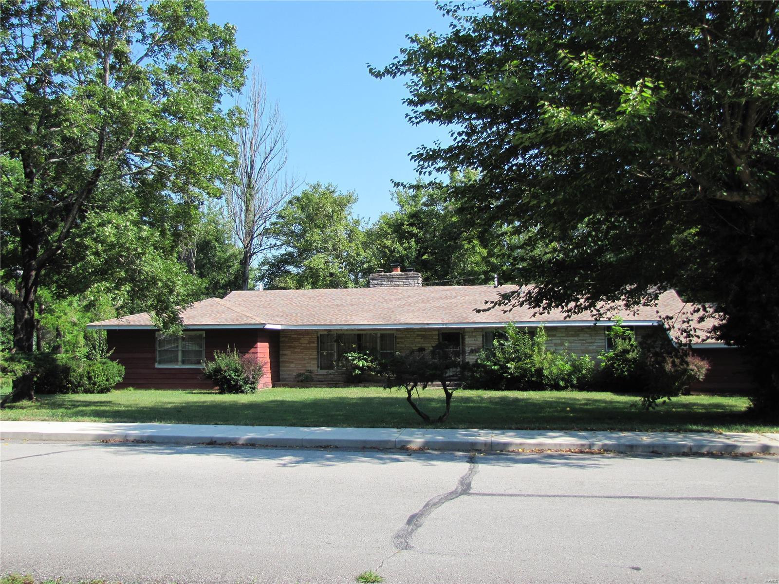 921 Chestnut Street Property Photo - Houston, MO real estate listing