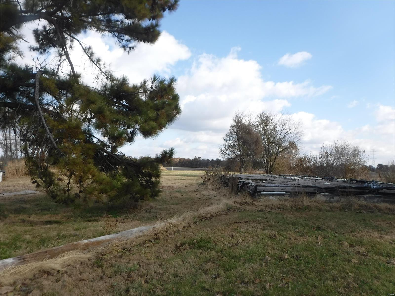 3555 New Poag Road Property Photo - Hartford, IL real estate listing