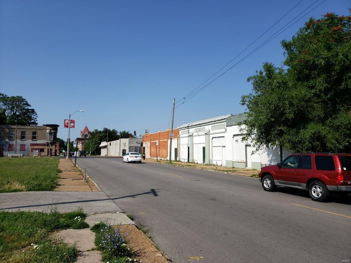 709 N Taylor Avenue Property Photo