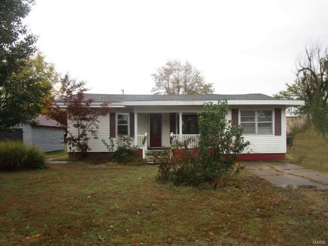 515 Cole Street Property Photo - Sikeston, MO real estate listing