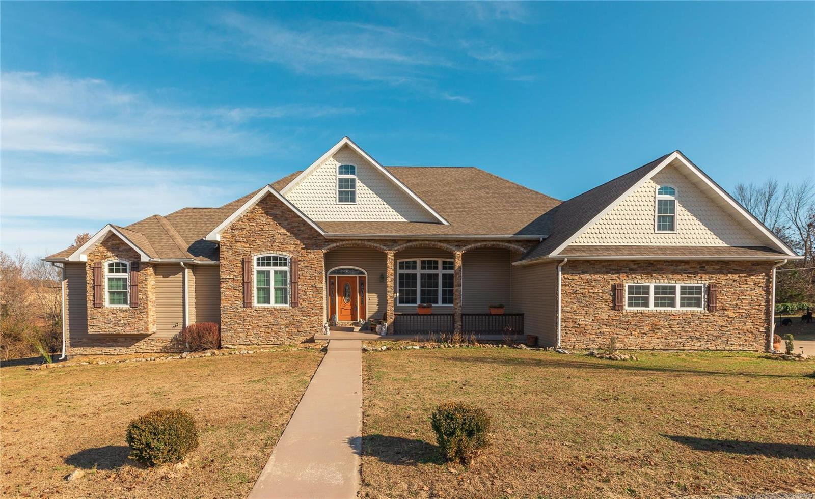 Dixon Real Estate Listings Main Image