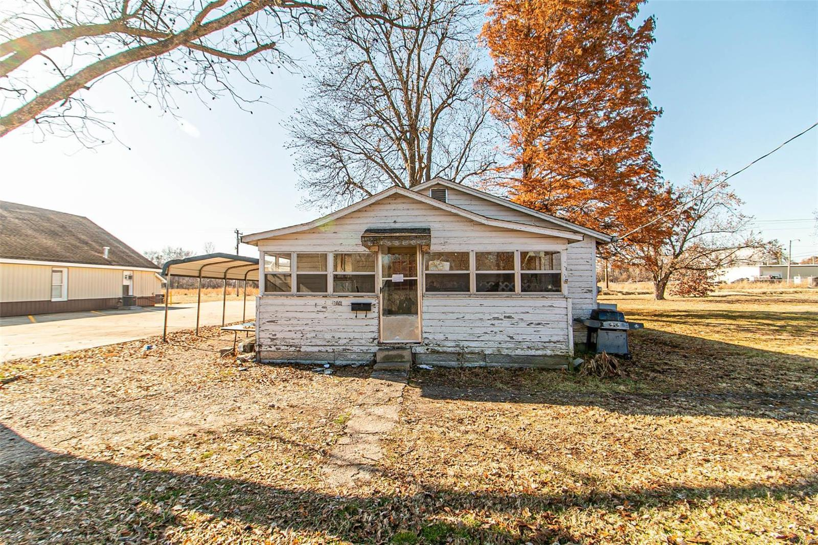 705 S Locust Property Photo - Campbell, MO real estate listing