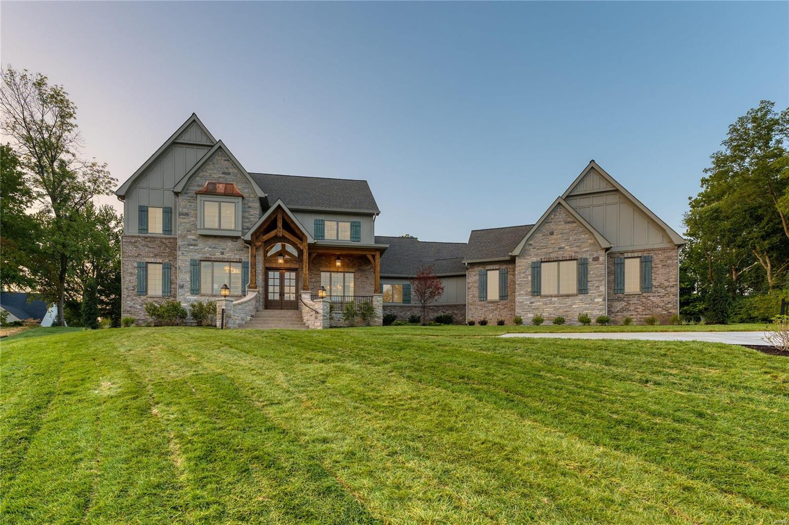 330 Upper Conway Estates Court Property Photo - Town and Country, MO real estate listing