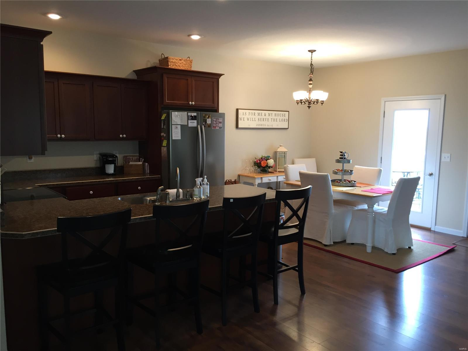 2 JOSEPHINE Drive Property Photo - Vandalia, IL real estate listing