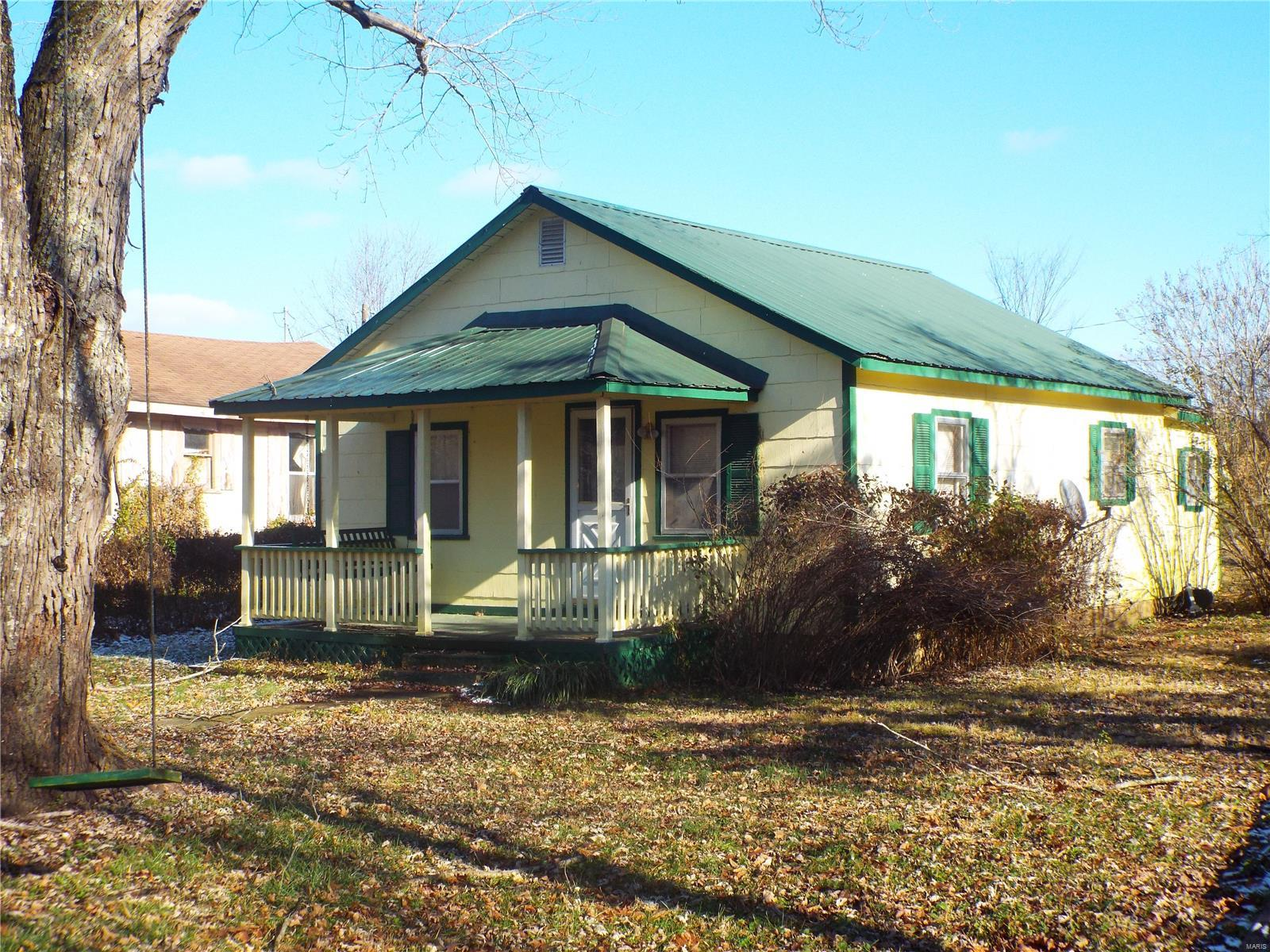 128 School St Property Photo - Des Arc, MO real estate listing
