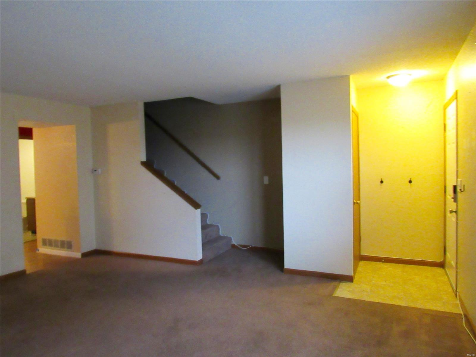 344 Douglas Avenue #B Property Photo - Mascoutah, IL real estate listing