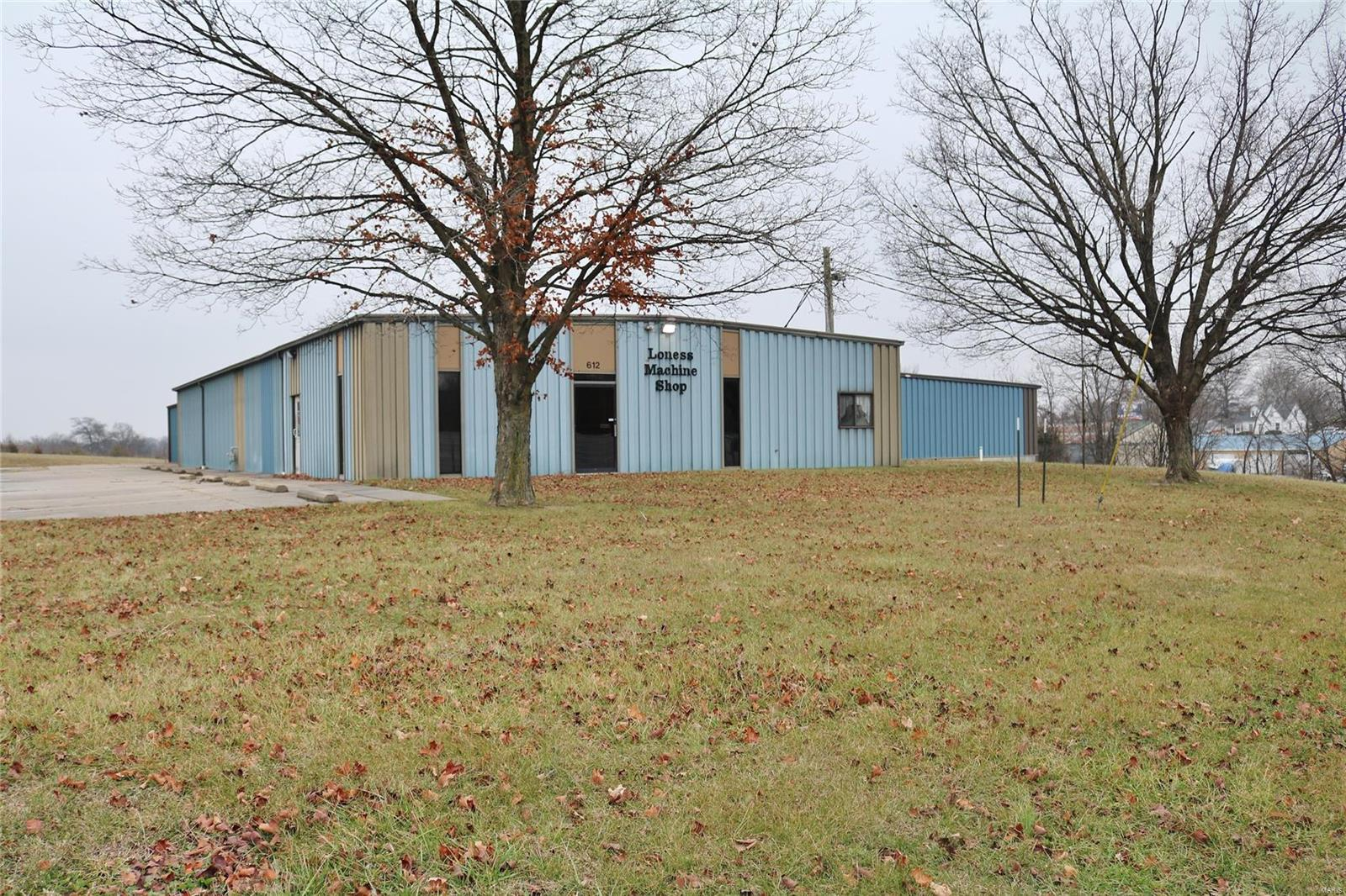 612 Industrial Drive Property Photo - Perryville, MO real estate listing