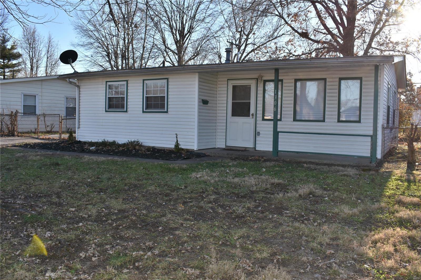 1306 Saint Raphael Street Property Photo - Cahokia, IL real estate listing