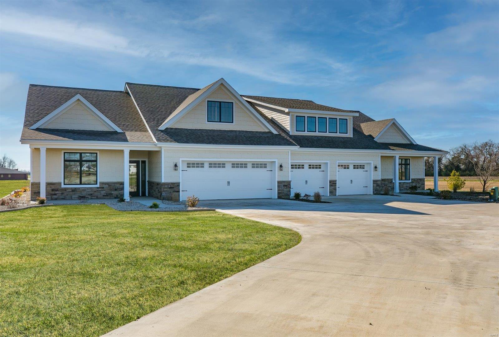 2033 Serenade Property Photo - Troy, IL real estate listing