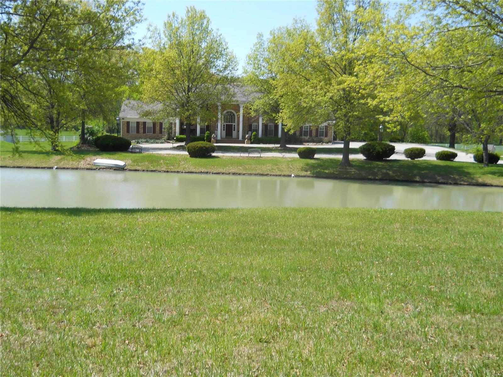 2919 Wild Plumb Valley Property Photo - Robertsville, MO real estate listing