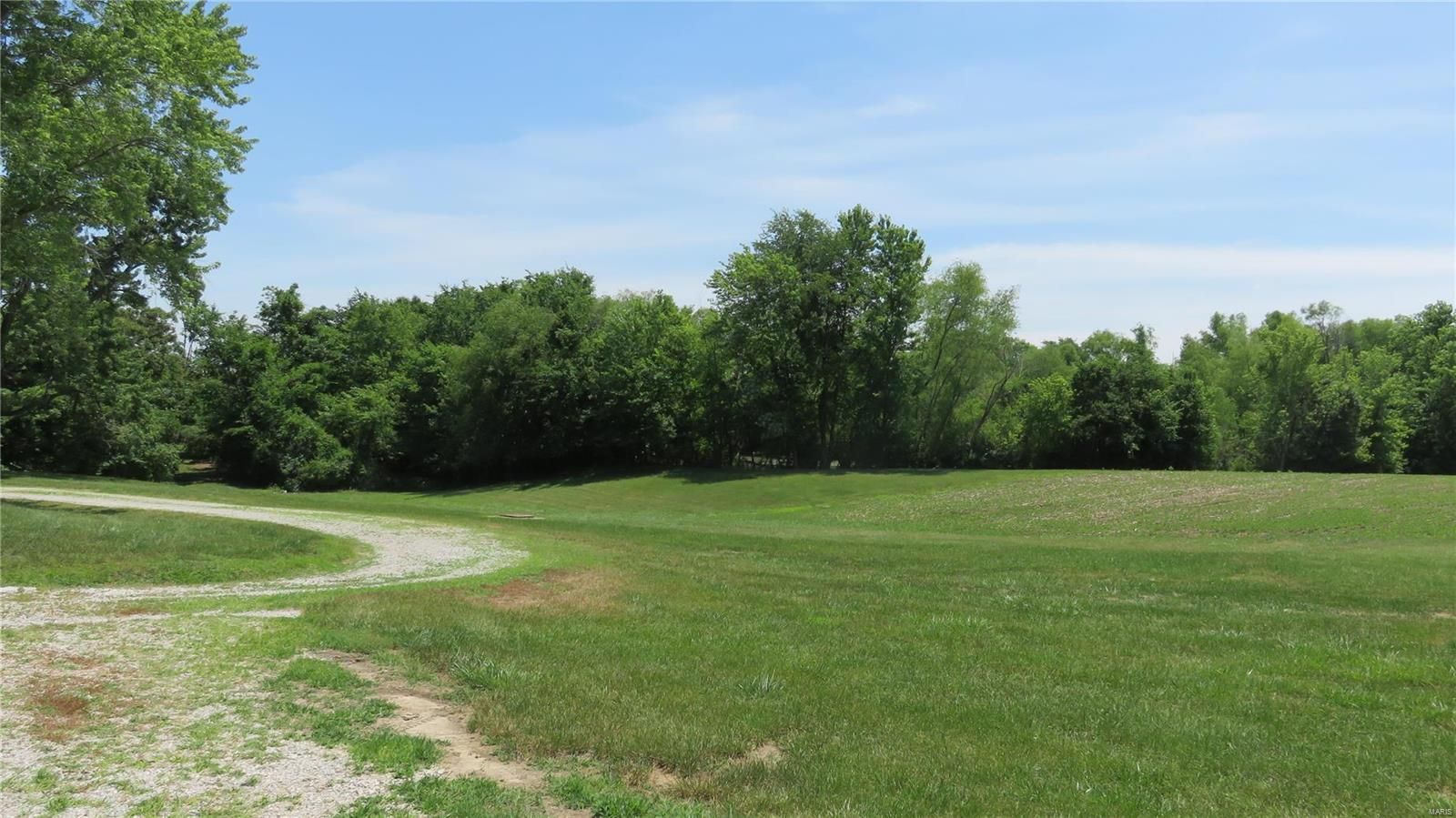 6535 Beil Road Property Photo - Millstadt, IL real estate listing
