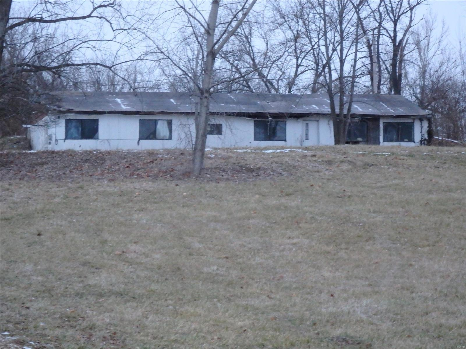 56 Straight Property Photo - Elsberry, MO real estate listing