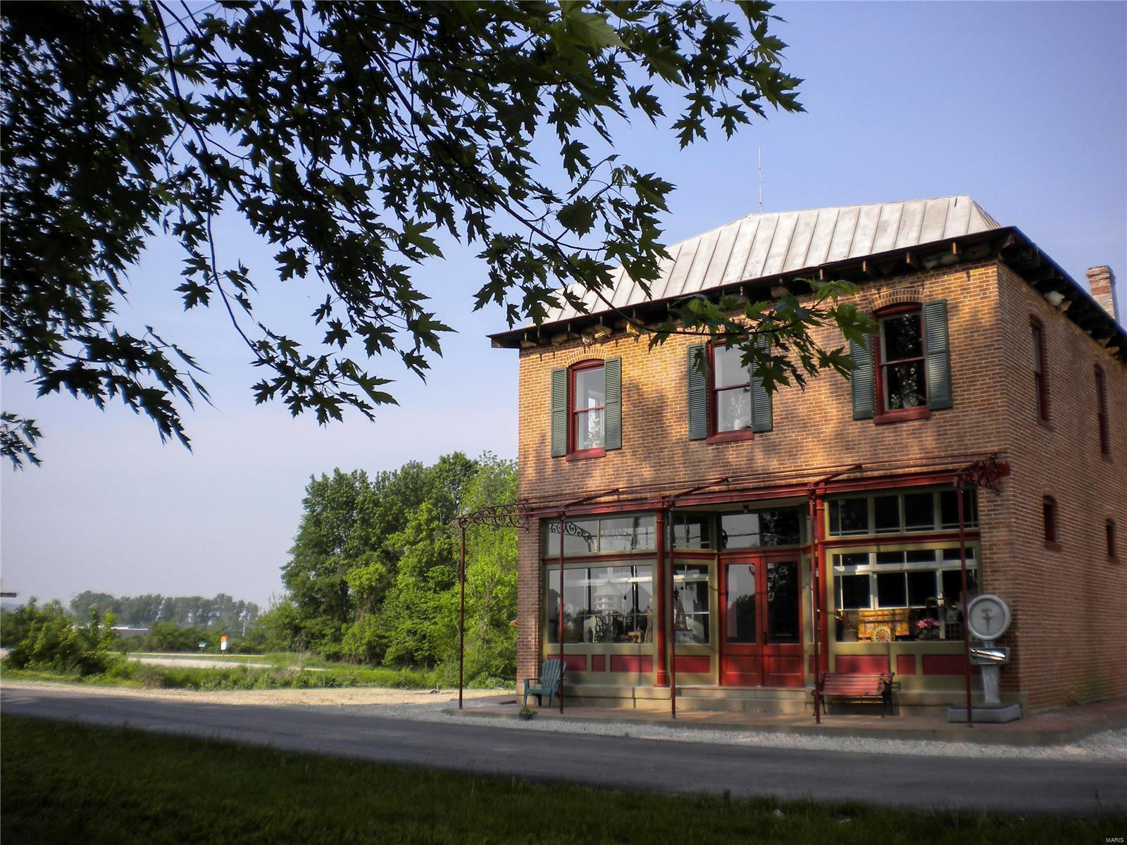 500 Walnut Street Property Photo - McKittrick, MO real estate listing