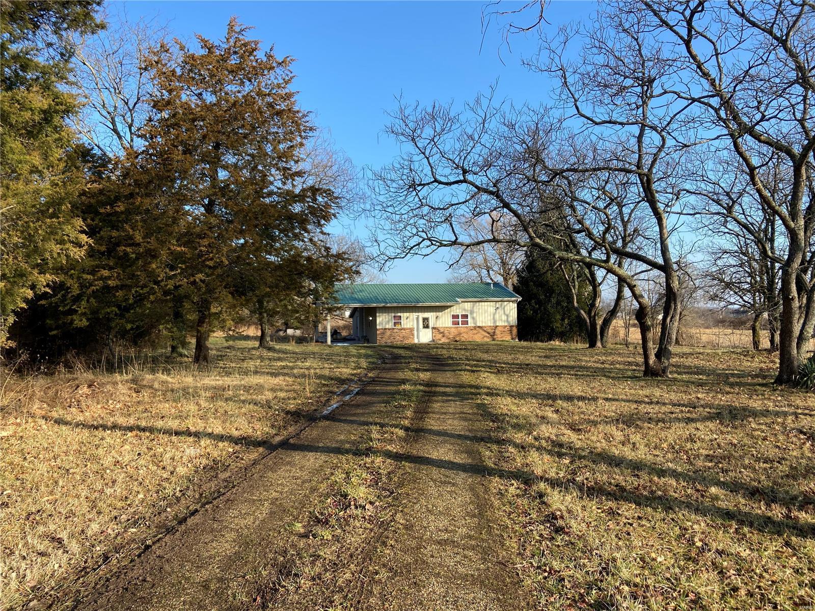 371 Wallen Property Photo - Bismarck, MO real estate listing