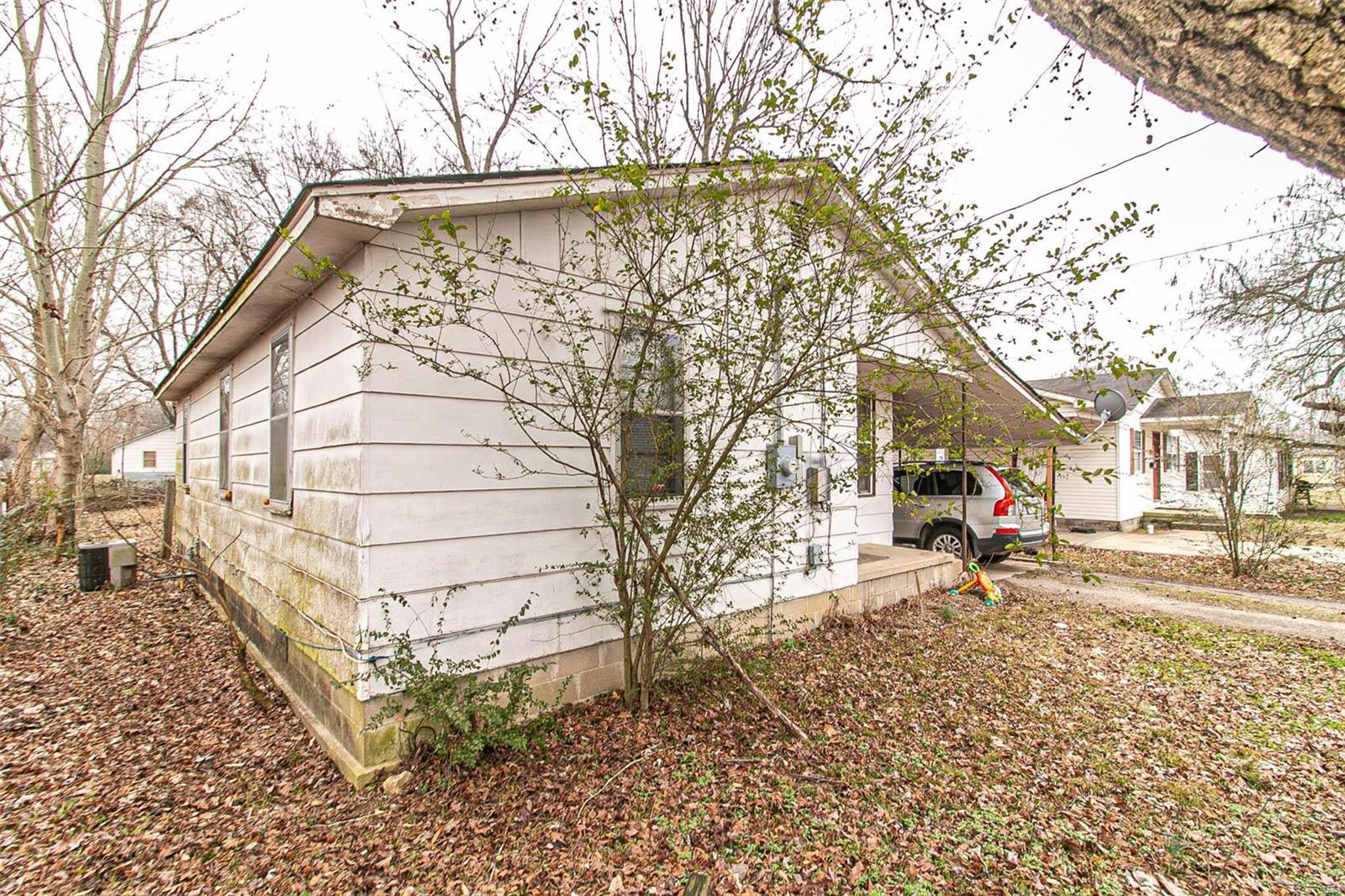 1806 Thomas Property Photo - Poplar Bluff, MO real estate listing