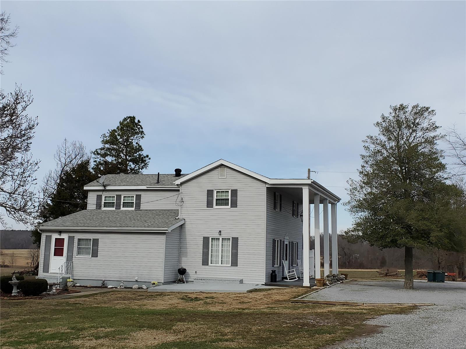 265 Peyton Road Property Photo - Harrisburg, IL real estate listing