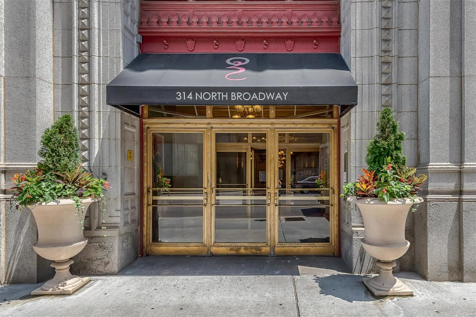 314 N Broadway #1003 Property Photo