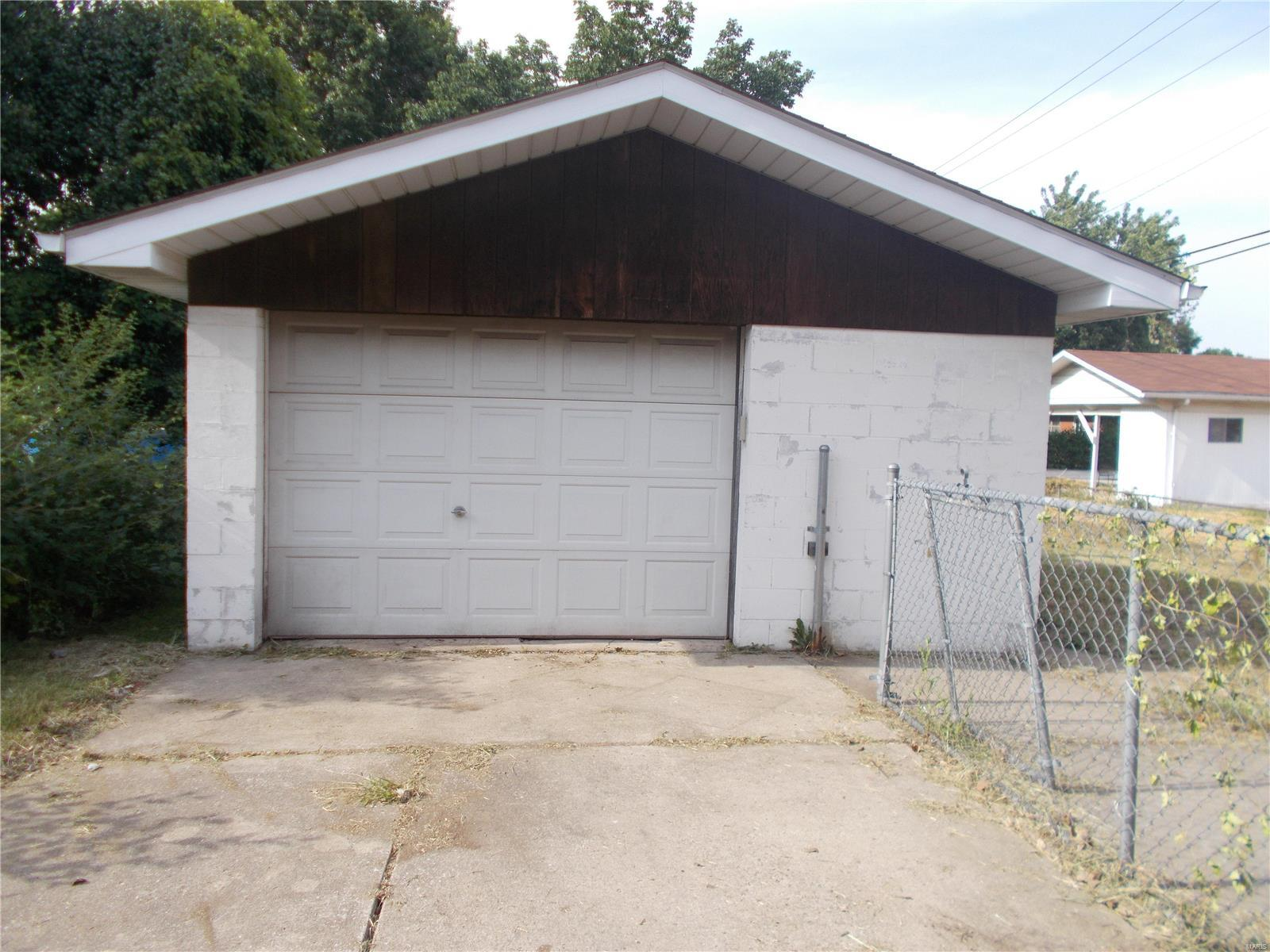 1205 Saint Paul Avenue Property Photo