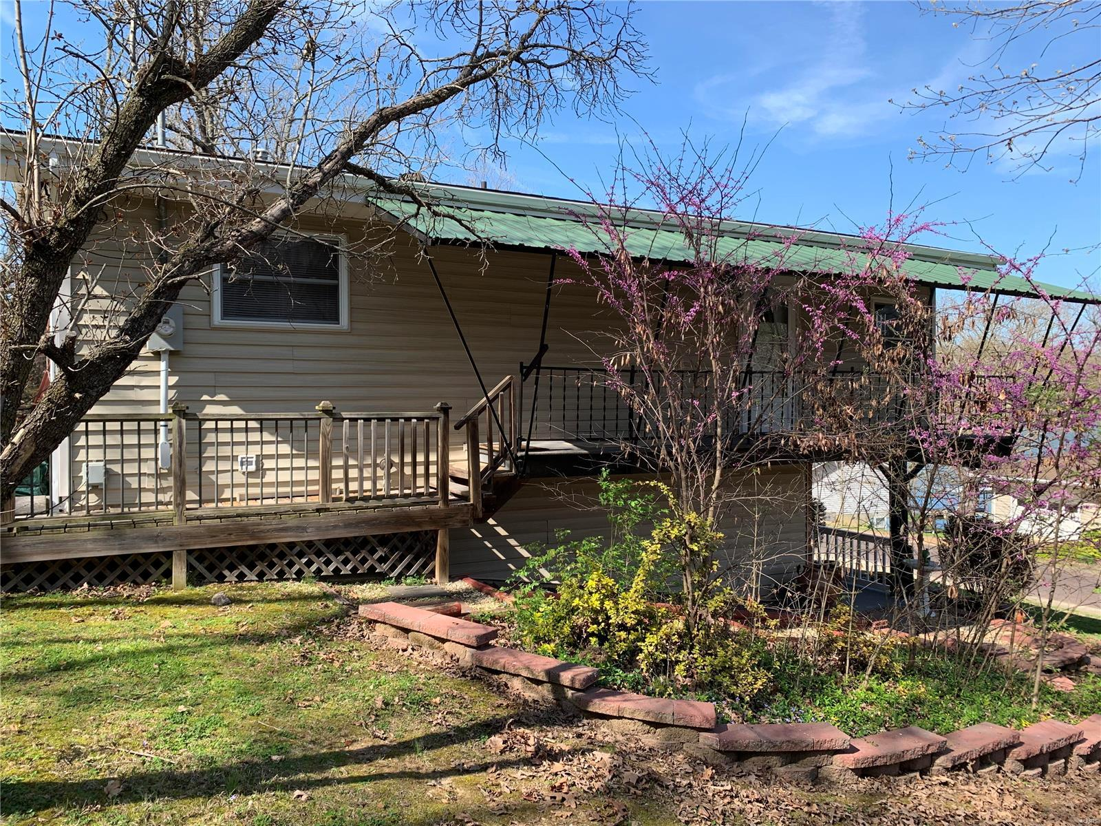 1636 Lakeshore Drive Property Photo - Owensville, MO real estate listing