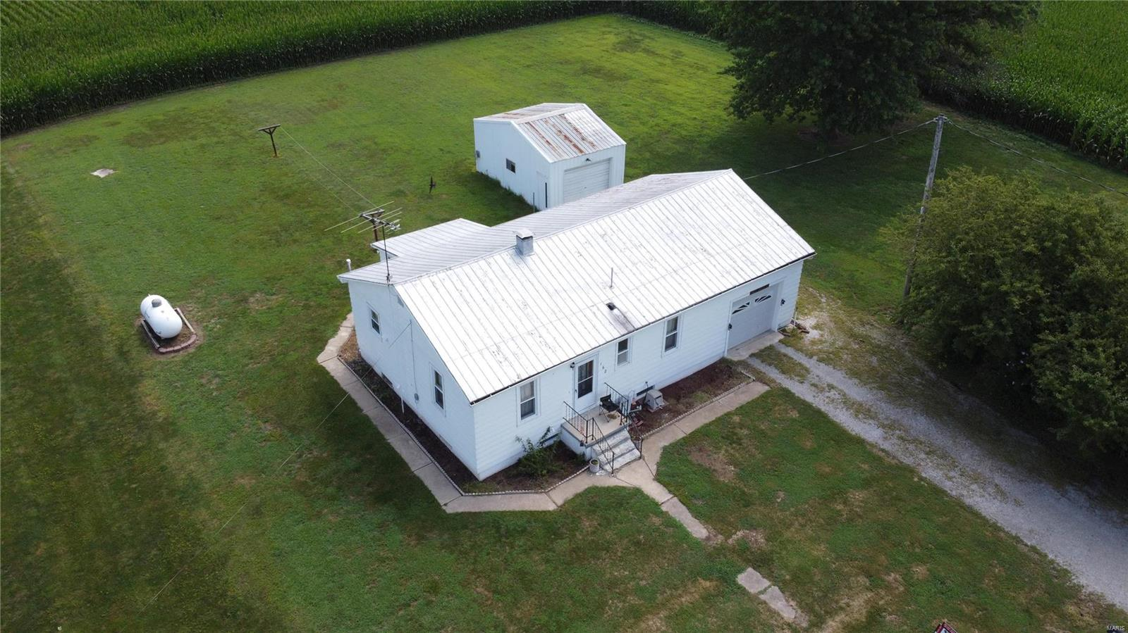 162 Church Street Property Photo - Fults, IL real estate listing