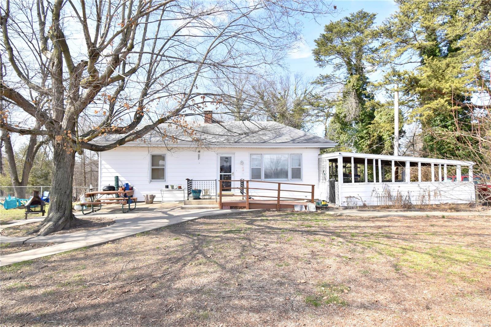 1771 Gamel Cemetery Road Property Photo