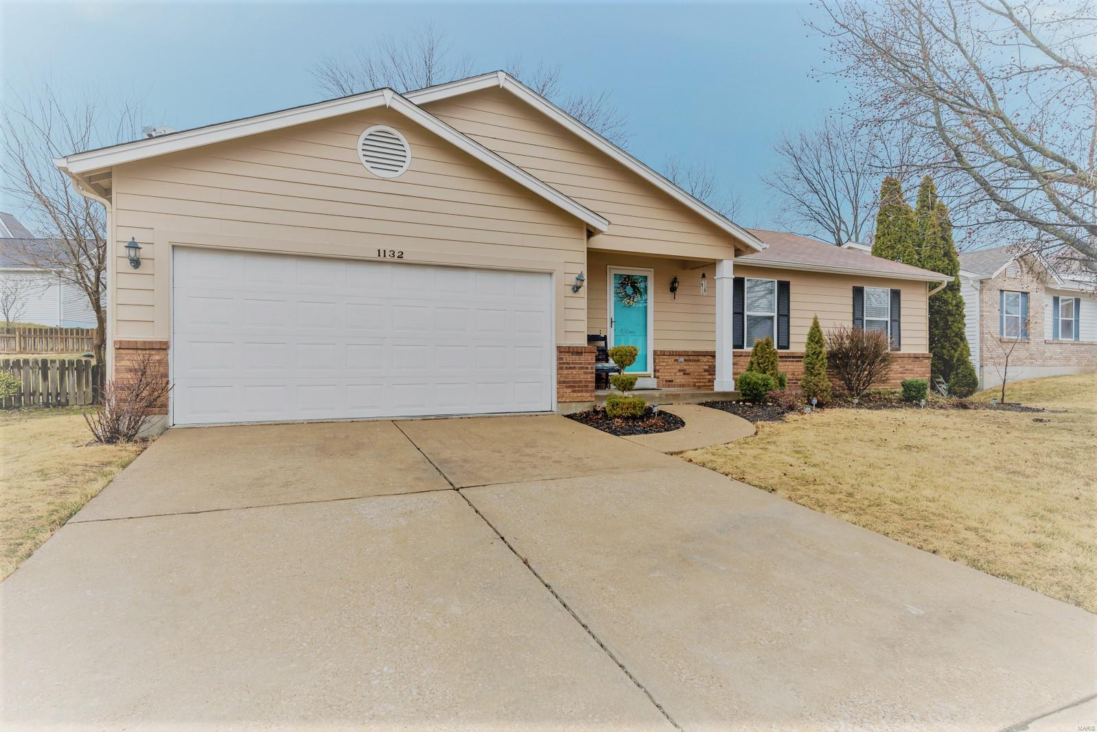 63376 Real Estate Listings Main Image