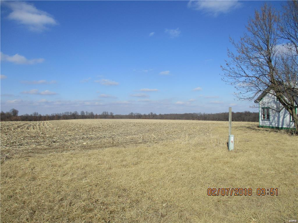 131 N Service Road Property Photo