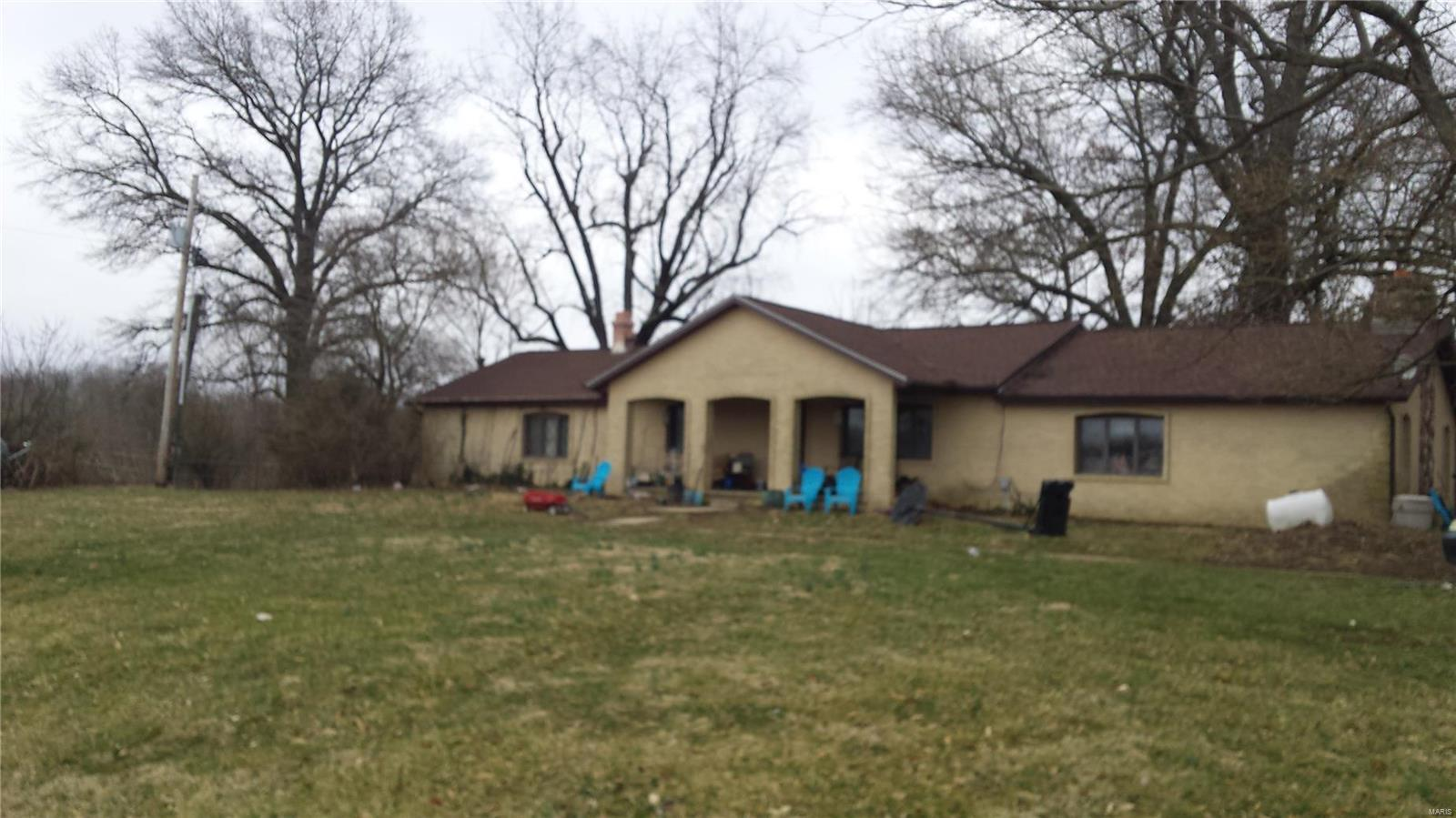 11446 POCAHONTAS Road Property Photo - Marine, IL real estate listing