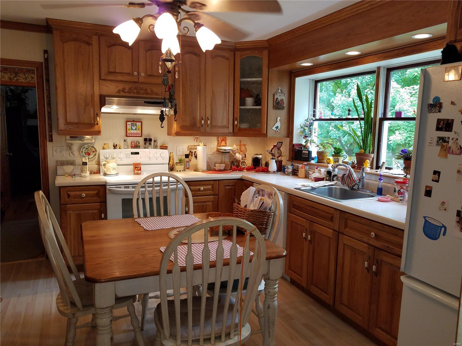 1296 Highway EE Property Photo - Winfield, MO real estate listing