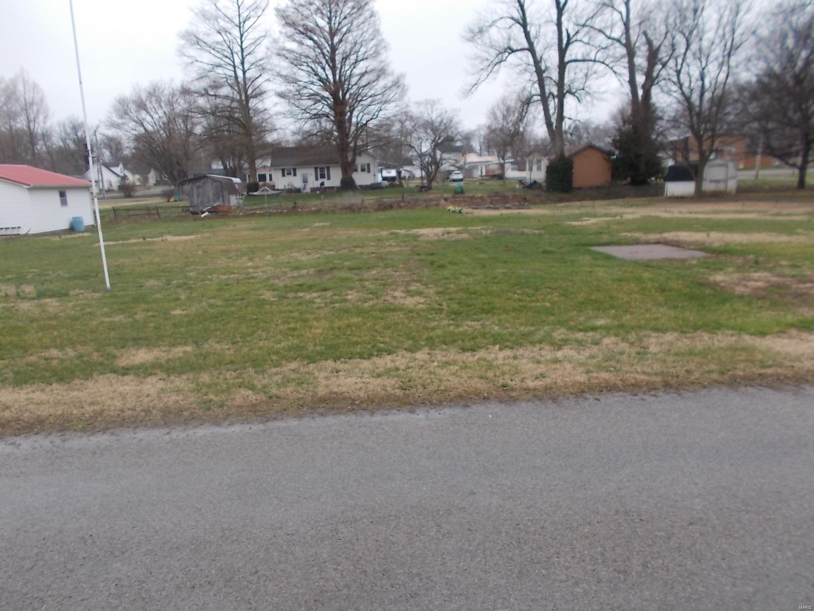 215 S Third Street Property Photo - Coulterville, IL real estate listing