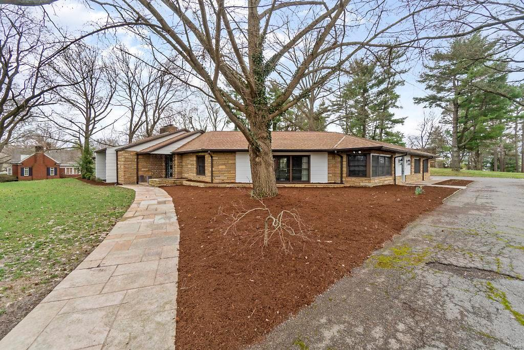 2421 Terrie Hill Road Property Photo - Cape Girardeau, MO real estate listing