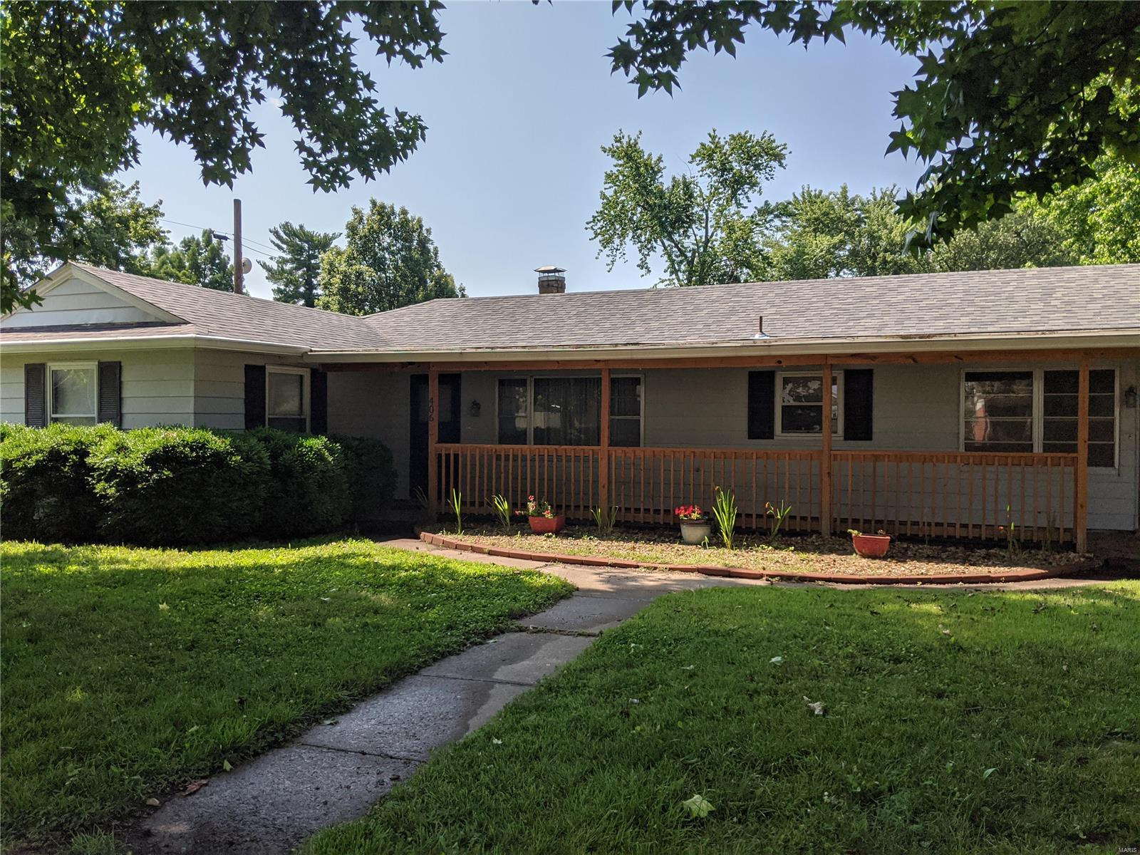 406 W Hood Property Photo - Sparta, IL real estate listing