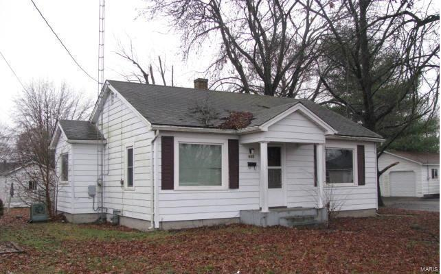 602 N 16th Street Property Photo - Murphysboro, IL real estate listing