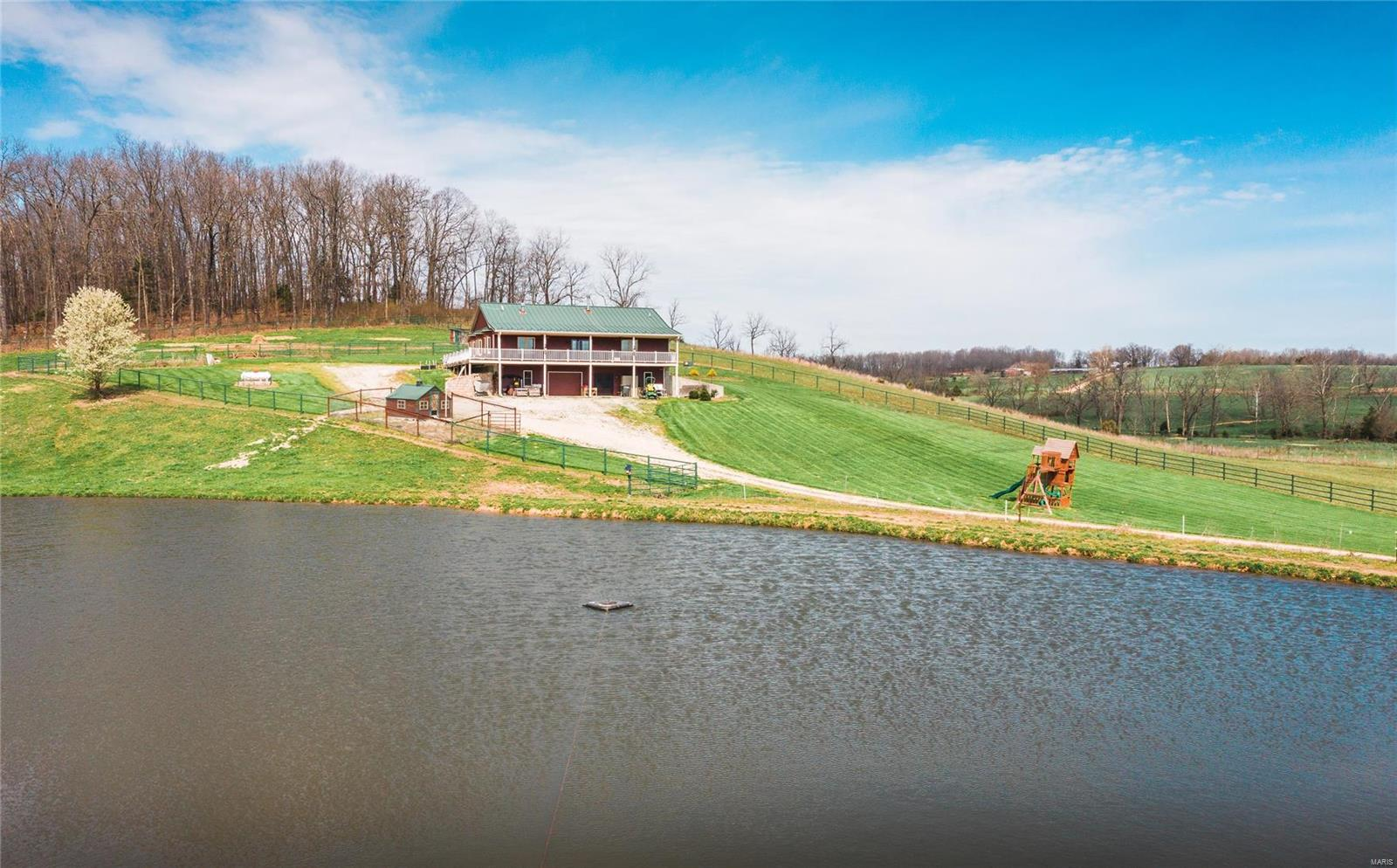 1707 Pyatt Property Photo - Hartville, MO real estate listing
