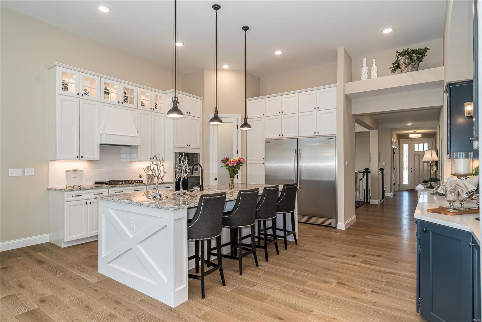 1 Meridian II 4 @ Pinewoods Est Property Photo