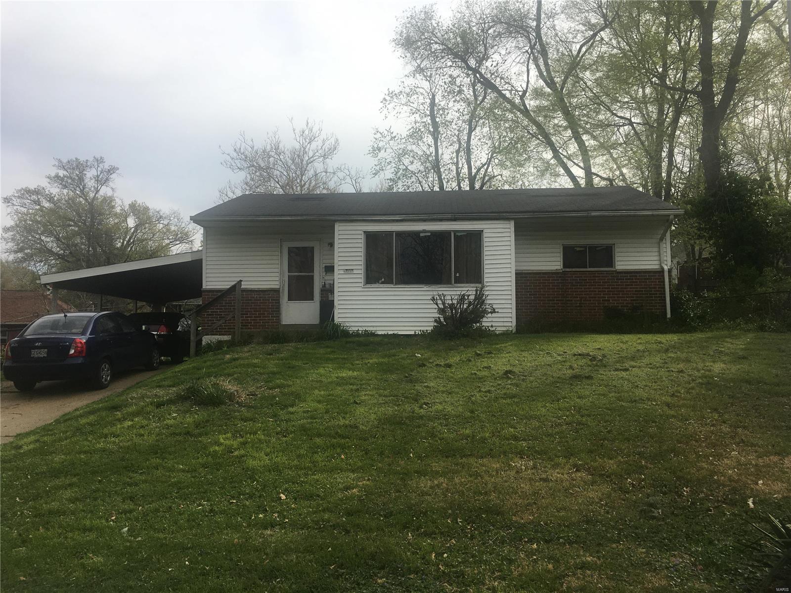 8707 Marcella Avenue Property Photo
