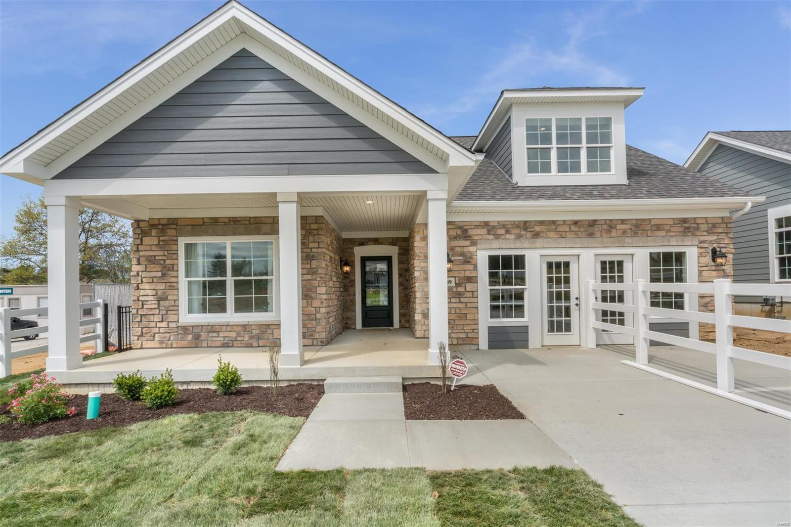 109 Lilac Blossom Property Photo - Cottleville, MO real estate listing