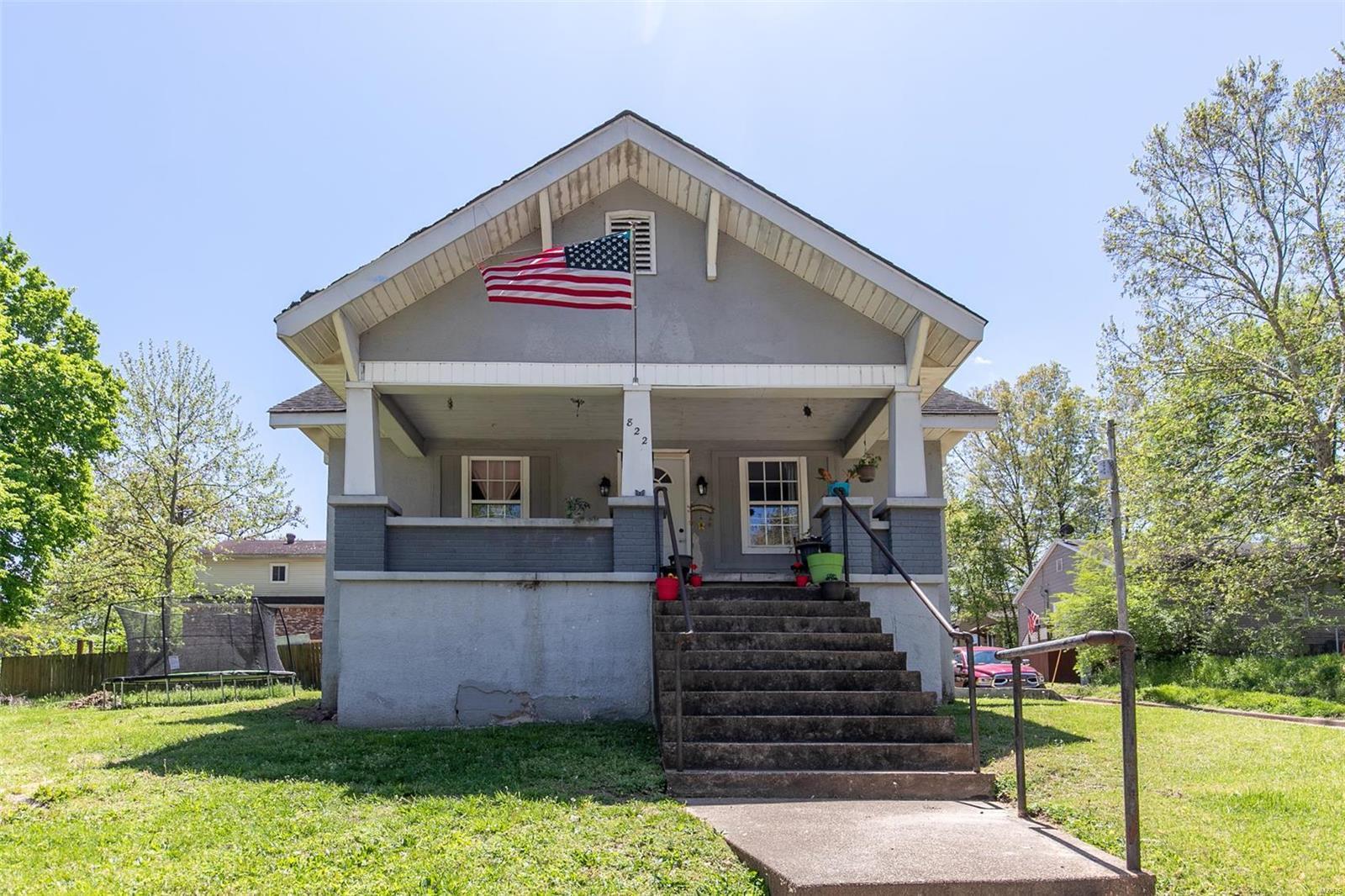 822 Maud Street Property Photo
